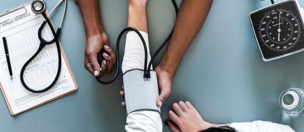 Infraestructuras Tecnológicas de la Salud medico hospital