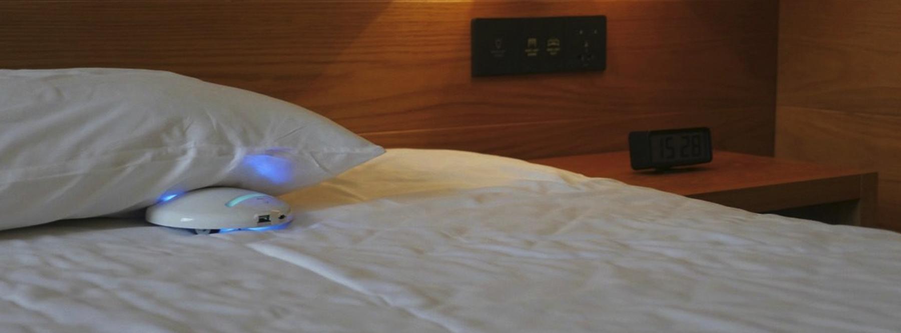CleanseBot: el robot de bolsillo para desinfectar habitaciones