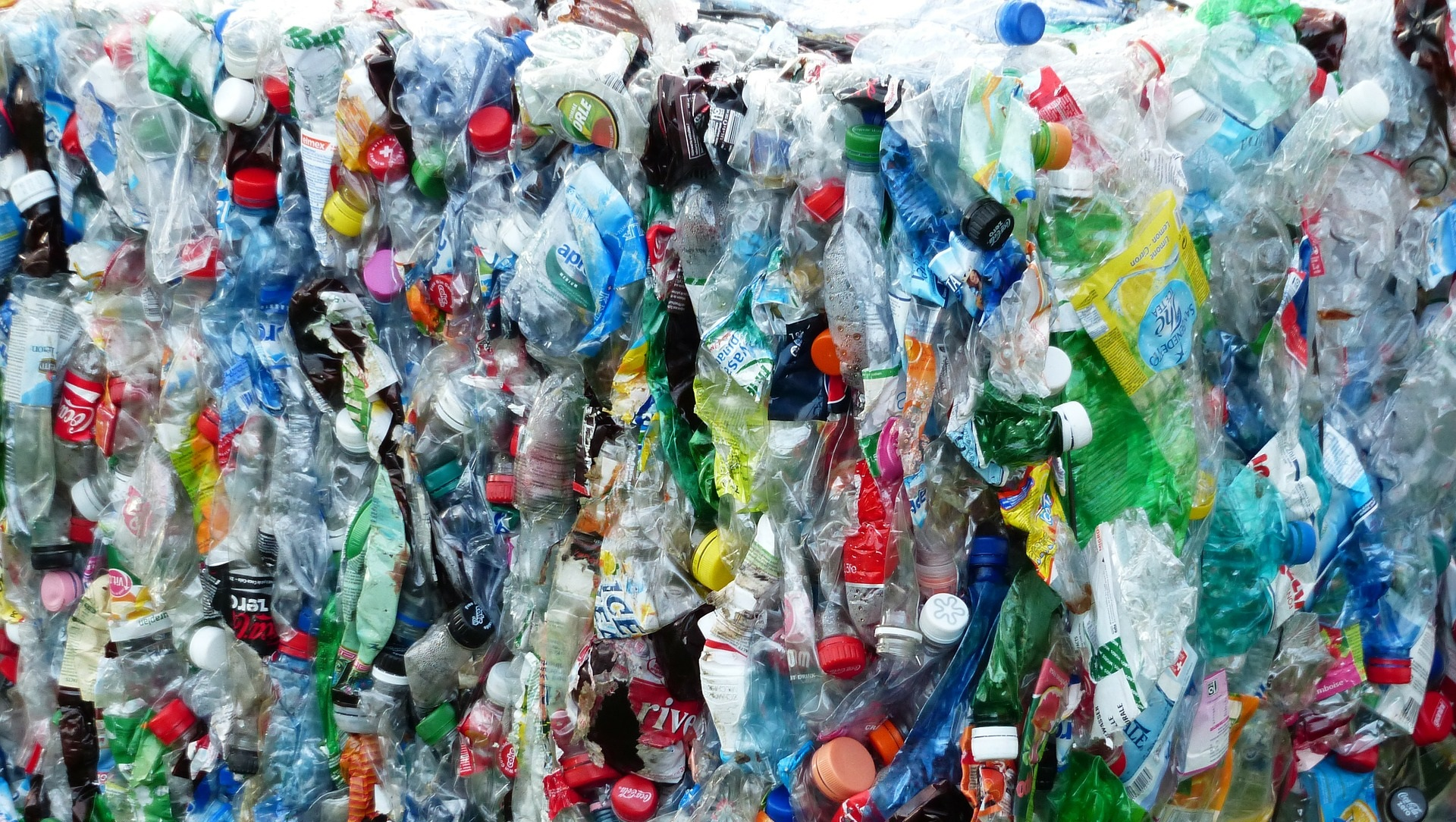 Así es el plan de China para eliminar el plástico de usar y tirar
