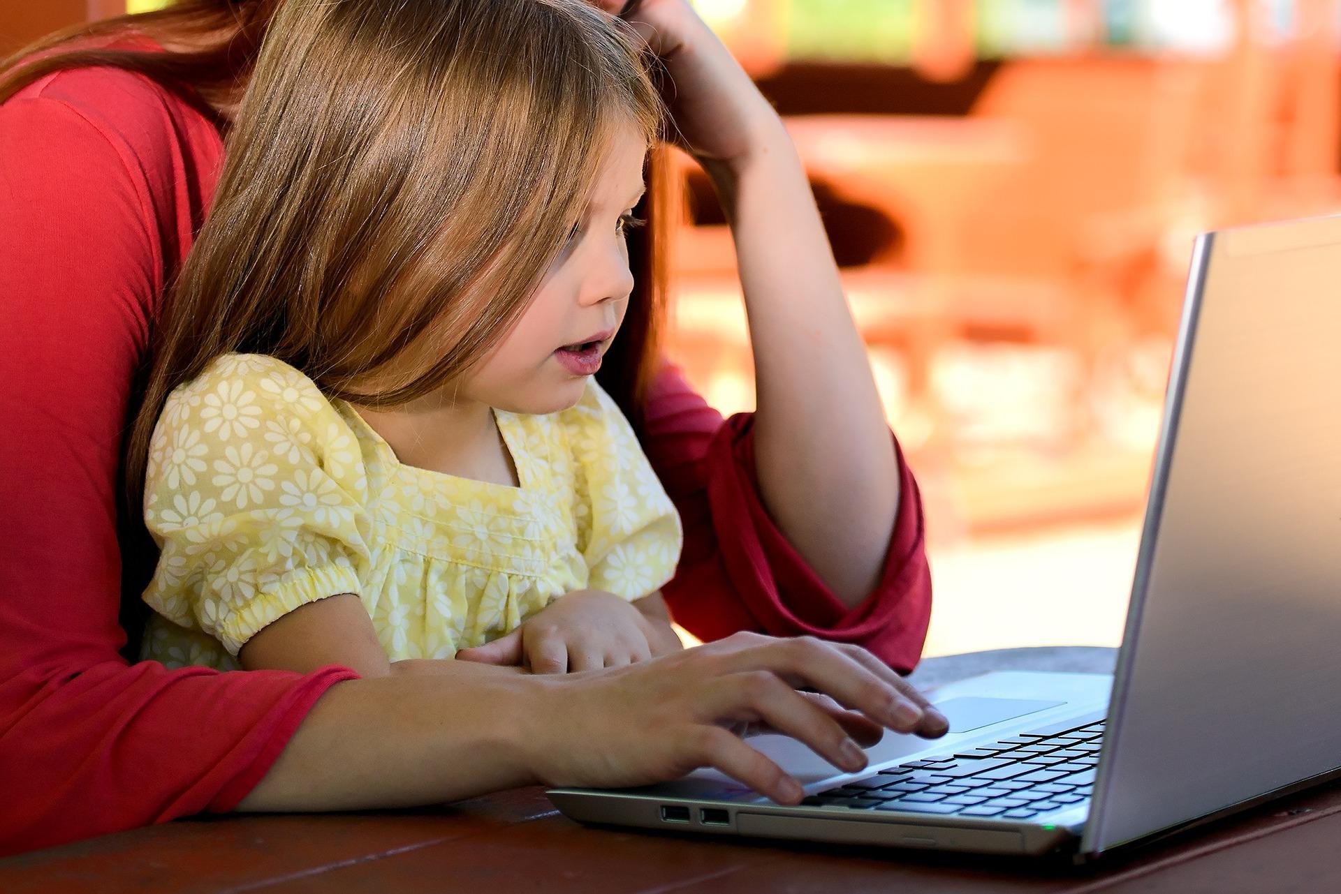 La mediación parental y los menores en Internet
