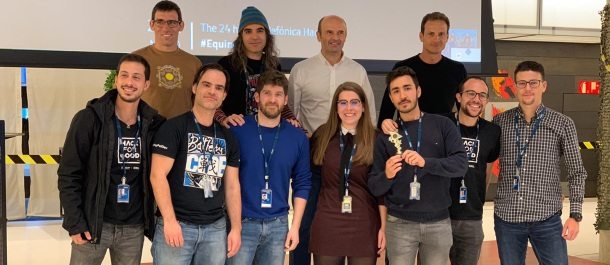 equinox hacking telefonica evento premios grupo personas