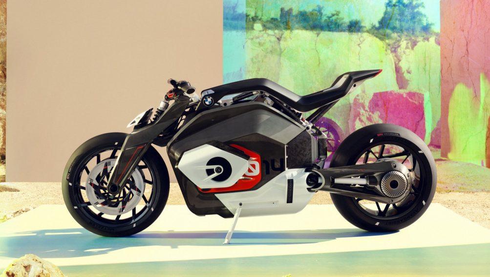 BMW presenta la Vision DC Roadster, su nueva moto eléctrica