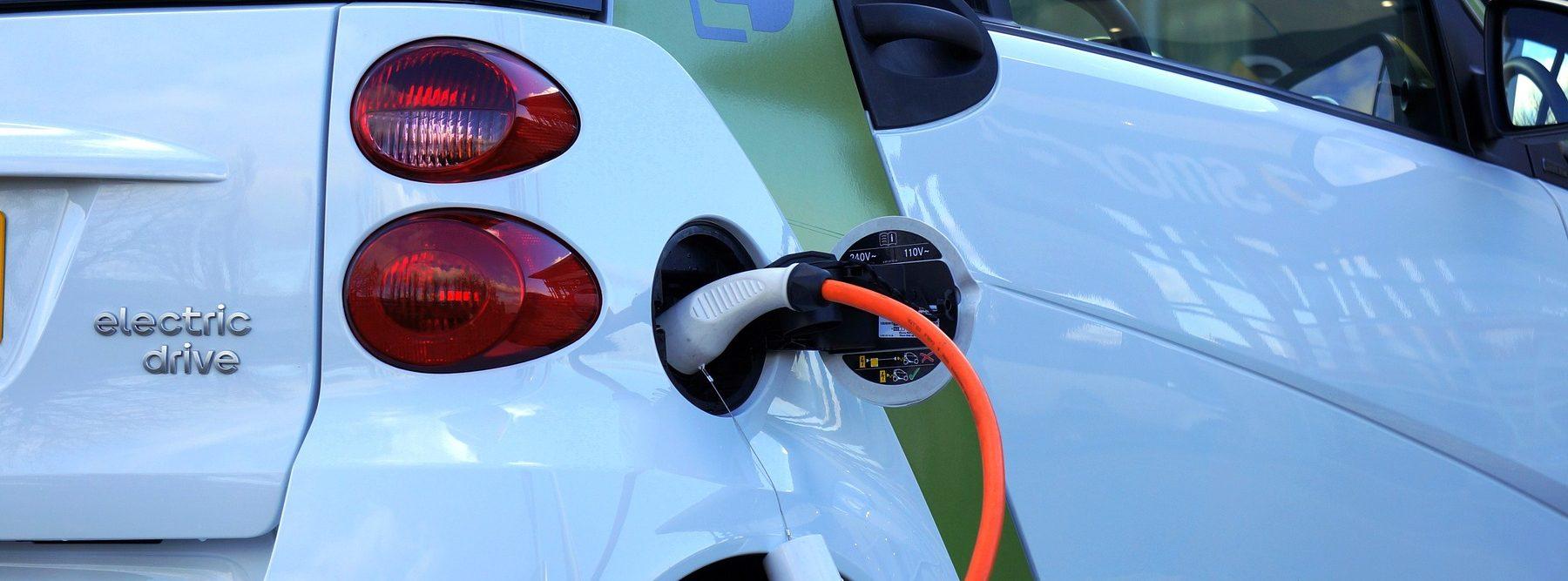 Sin cobalto para coches eléctricos y sin gasolina para coches de combustión