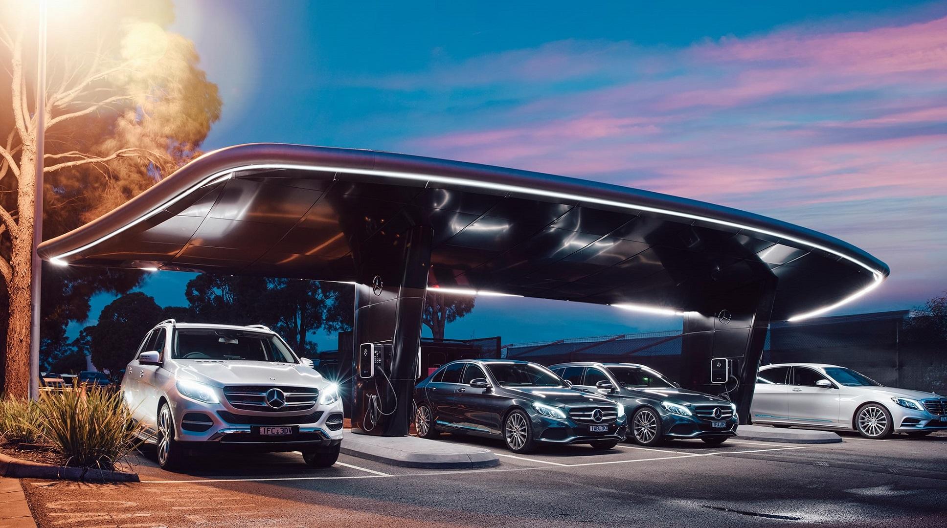 BMW y Mercedes se asocian para lanzar coches autónomos en 2024