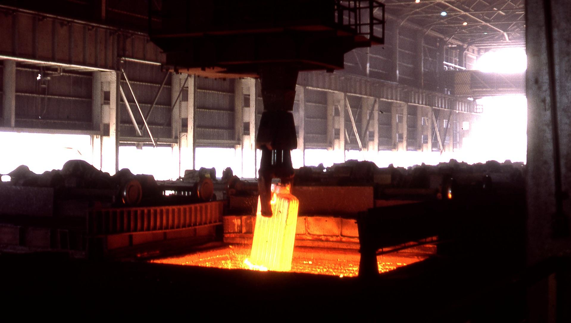 Cómo el hidrógeno podría sustituir parcialmente al carbón en la siderurgia