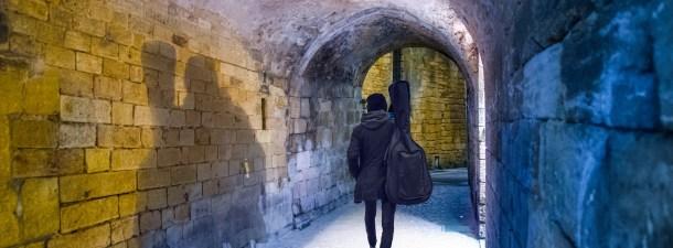Esta tecnología permite identificar a las personas incluso a través de las paredes