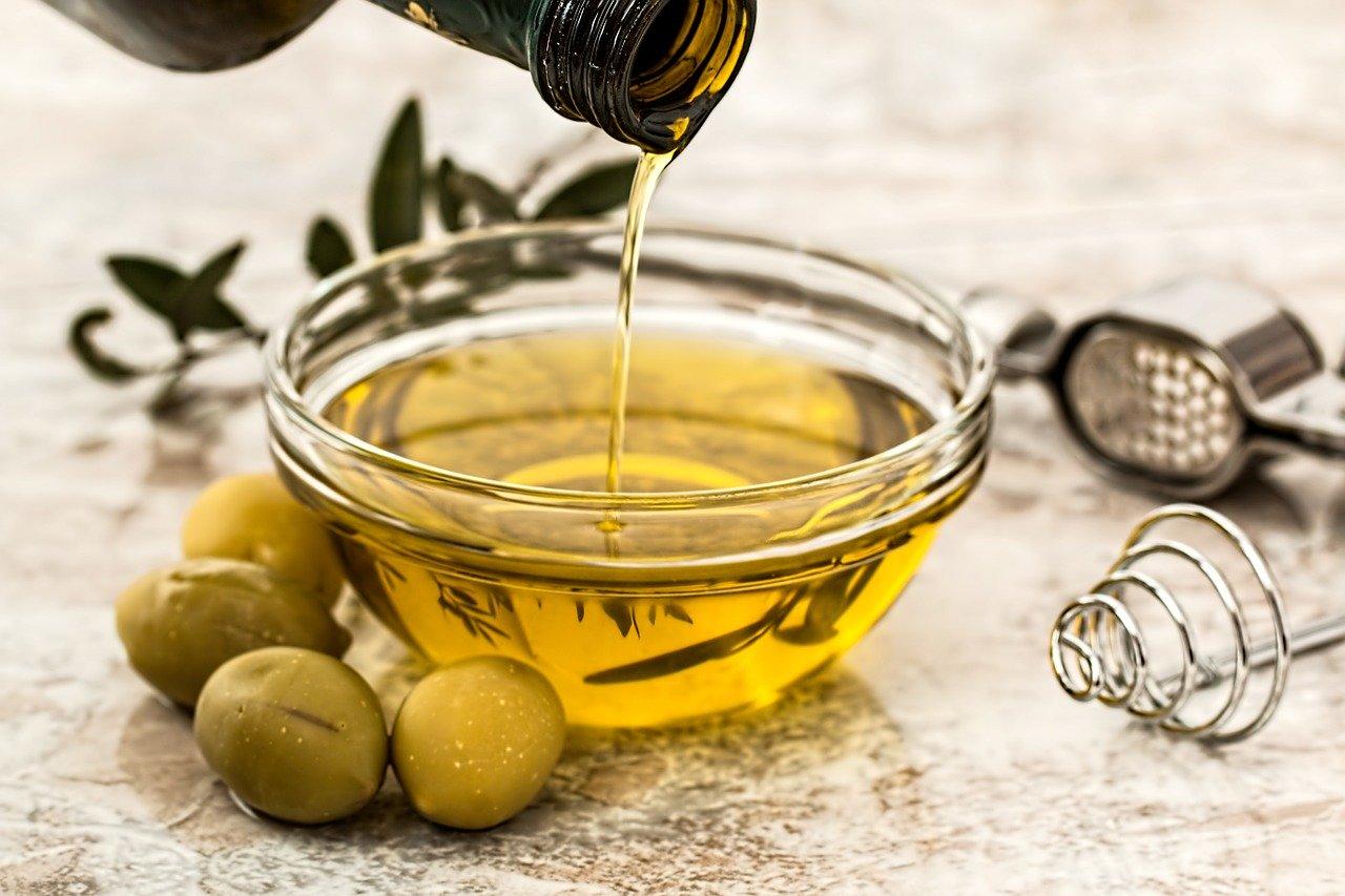 ¿Cuáles son los beneficios del consumo de aceite de oliva?