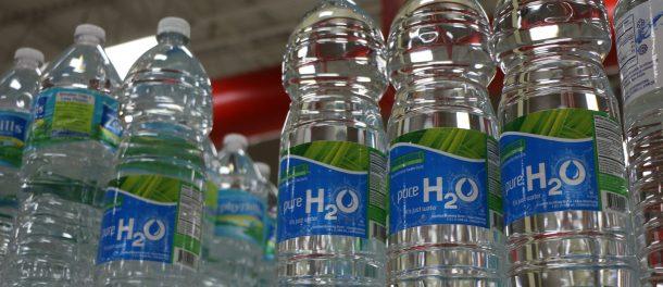 cuántas veces se puede reutilizar una botella de plástico