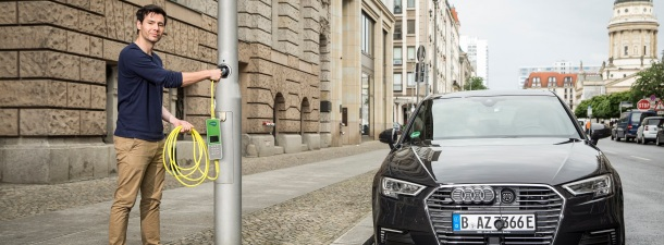Cientos de farolas de Londres se convierten en puntos de carga para coches eléctricos