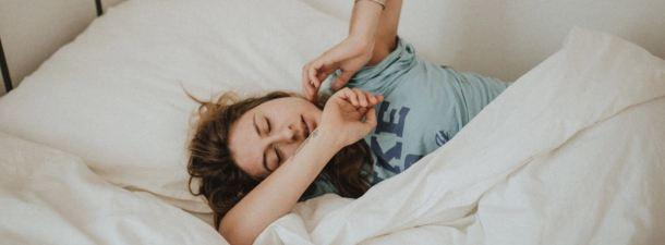 Así es como las pulseras inteligentes miden la calidad de tu sueño