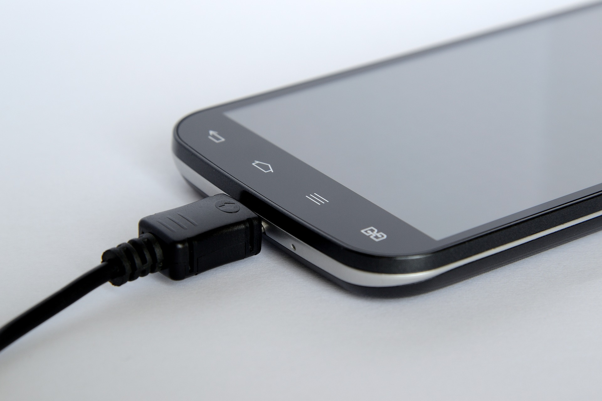 Claves para saber si la batería de tu móvil tiene algún fallo o problema