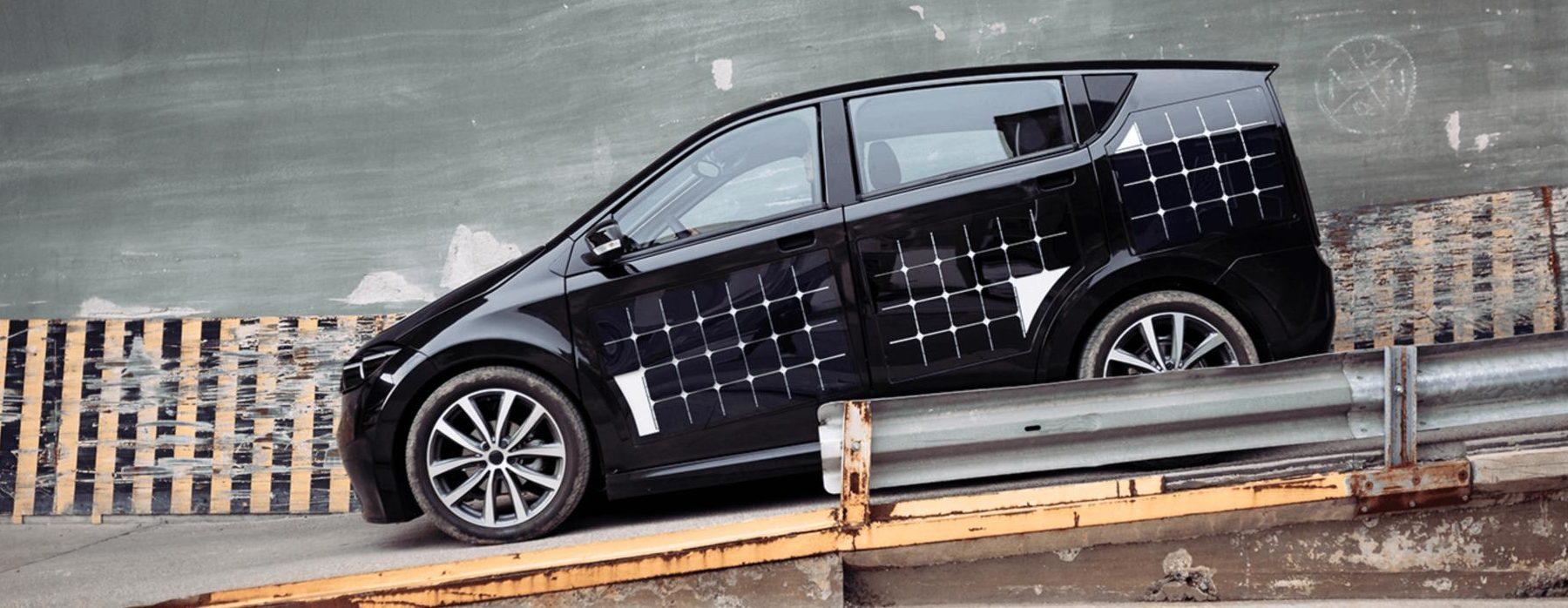 Los paneles solares llegan a los coches eléctricos