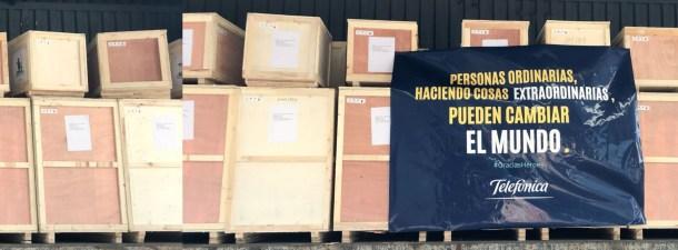 Aterrizan en España 150 toneladas de material sanitario