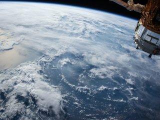 nave espacial espacio universo tierra satelite