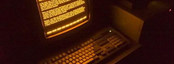 Buscadores de comandos para entender el Terminal y la Línea de comandos