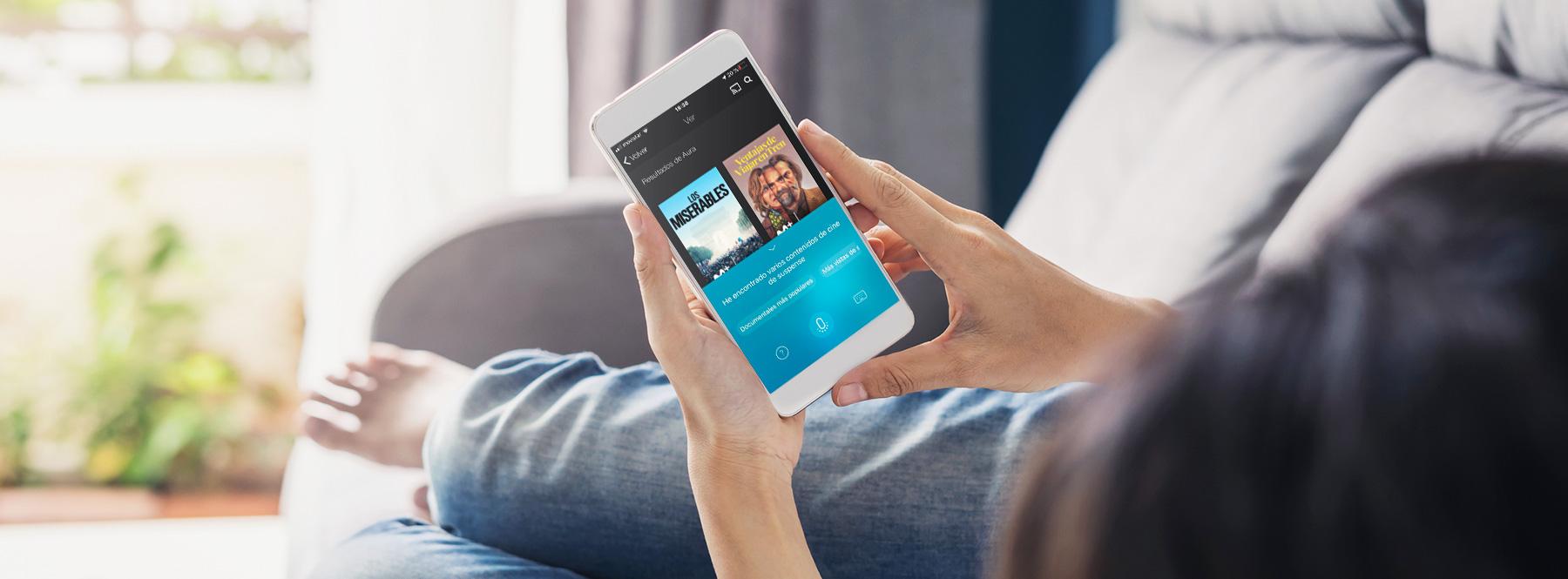 ¿Cómo hablar con Aura en la App de Movistar+?