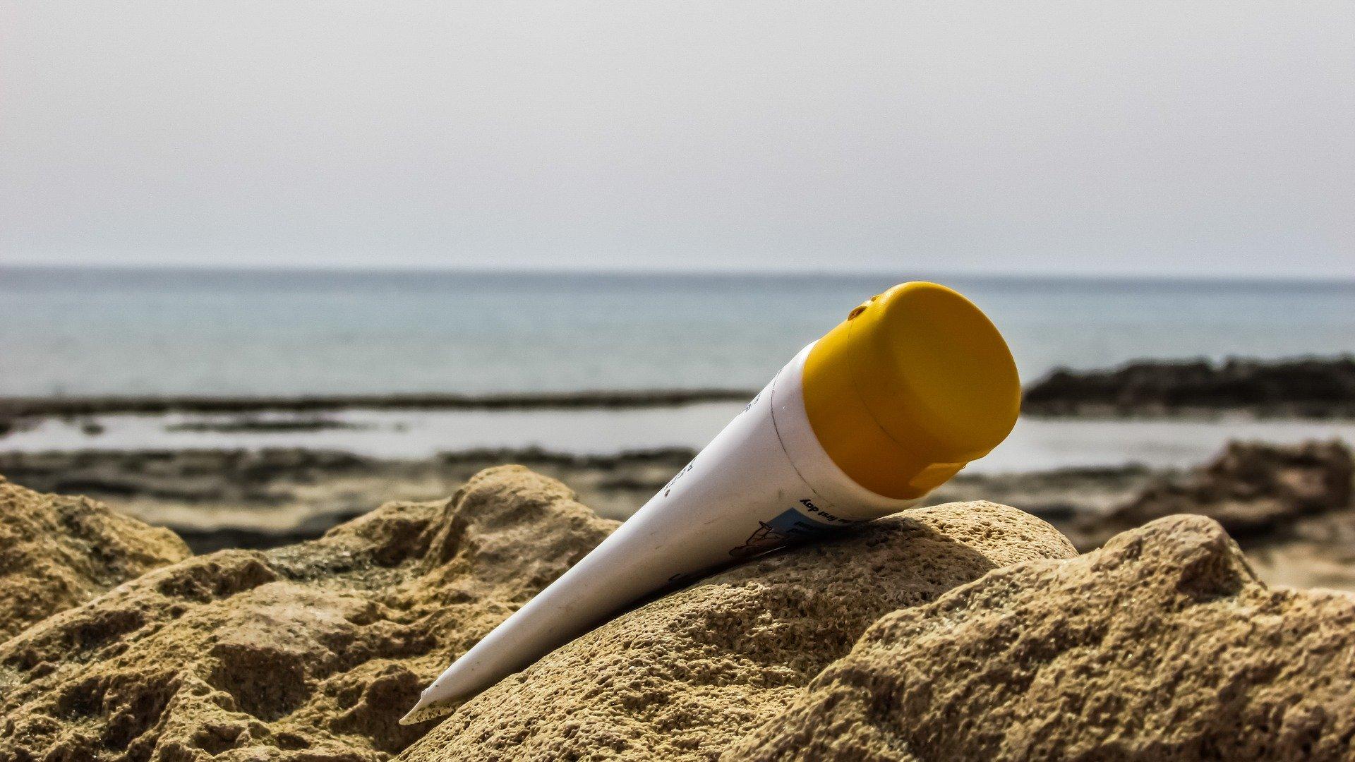¿Cómo funcionan las cremas de protección solar?