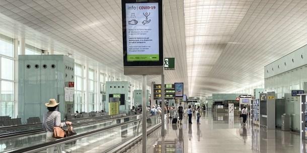 aeropuertos-aena-telefonica-desfibriladores