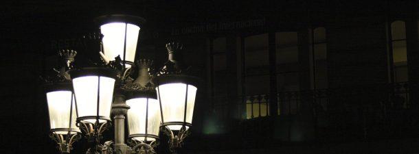 De la lámpara de gas al control remoto: así ha evolucionado el alumbrado público