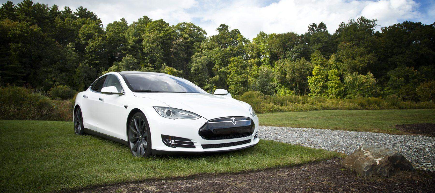 Aplicaciones que debes instalar si eres dueño de coche eléctrico