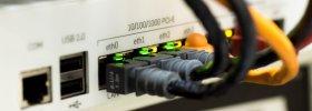 Qué diferencias hay entre reiniciar y resetear tu Router Movistar