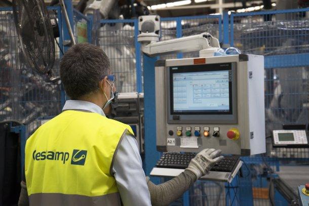 operario de smart factory