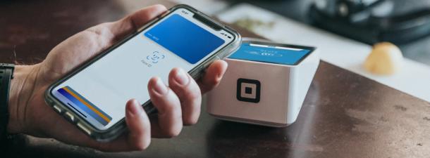 Cómo utilizar Apple Pay en iPhone y Apple Watch