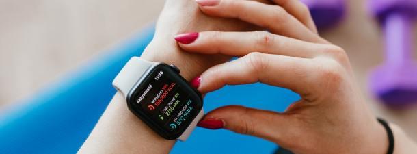 Cómo funciona un reloj inteligente con 4G y sus beneficios