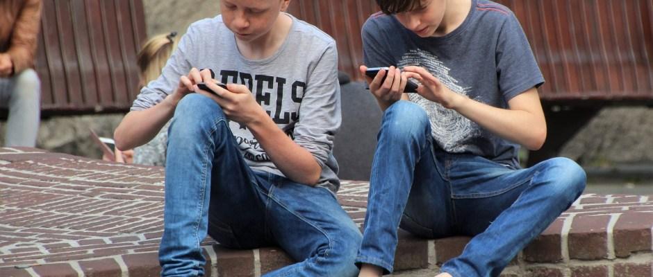 Redes sociales y niños: la lucha entre el tiempo y las plataformas