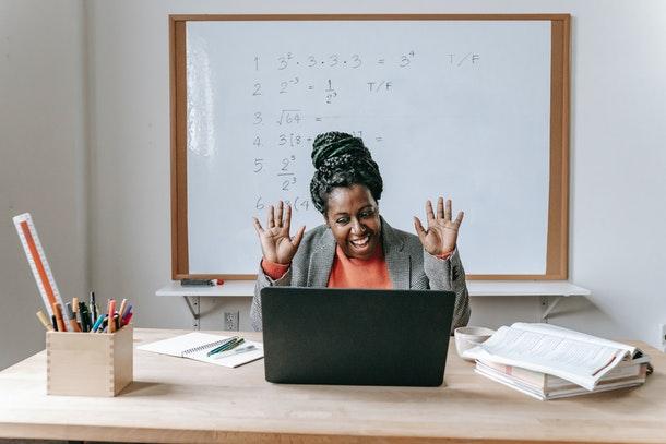 Teleformación, e-Learning y formación a distancia: características y diferencias