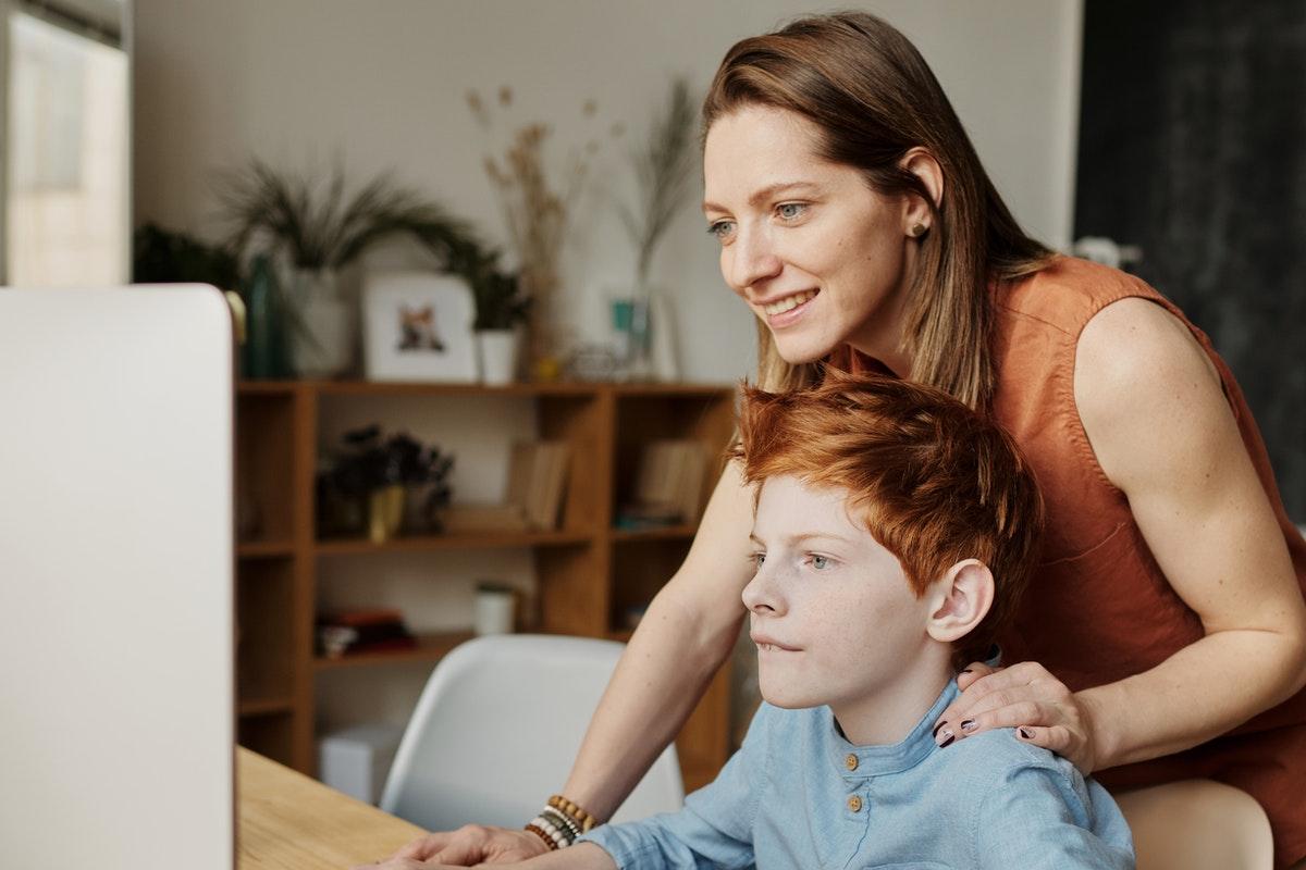 El impacto de ser padres en la época digital