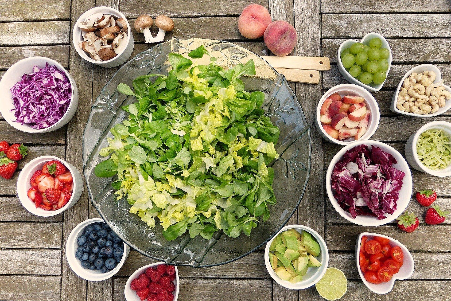Nutricionista online: ventajas y diferencias de contar con este especialista en una app