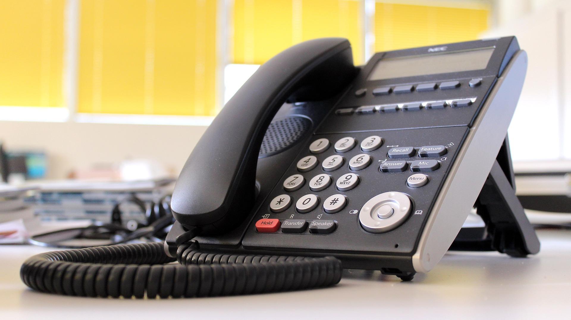 ¿Línea fija o línea móvil? Las ventajas de cada una
