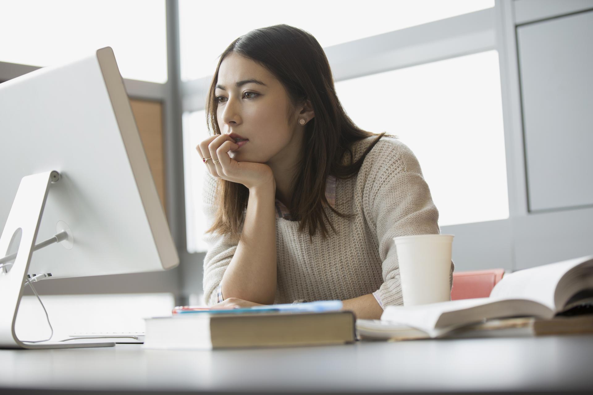 ¿Cómo elegir una buena formación online?