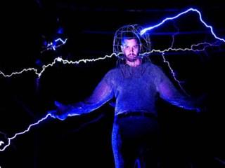 David Blaine electrificado