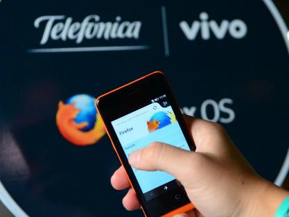 Protótipo de smartphone com o Firefox OS é apresentado na Campus Party Brasil