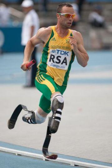 Oscar Pistorius - primer deportista paralímpico que participa en unos Juegos Olímpicos
